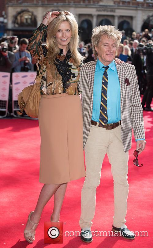 Penny Lancaster Stewart and Rod Stewart 6
