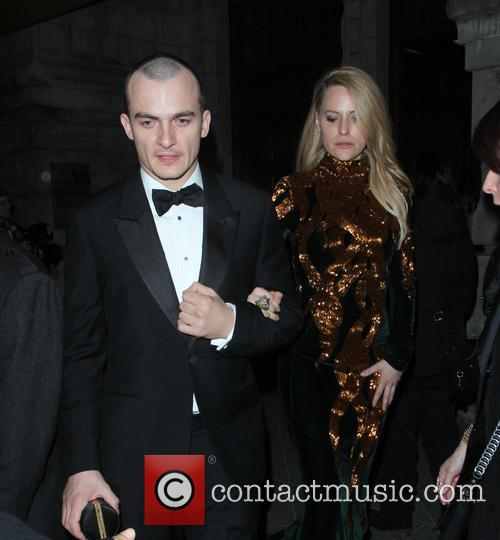 Rupert Friend and Aimee Mullins 3