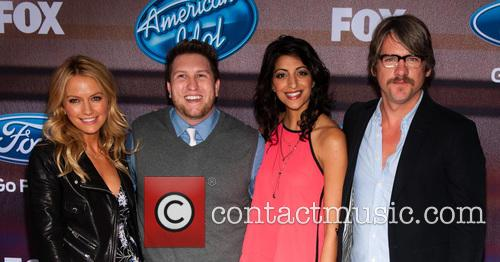 (l-r) Actors Becki Newton, Nate Torrence, Meera Rohit Kumbhani and Zachary Knighton 1