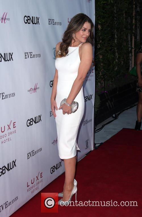 Cover Girl Elizabeth Hurley & Genlux Magazine Hosts...