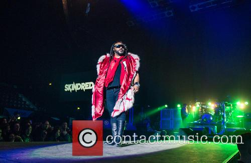 Skindred, Benji Webbe and Steel Panther 7