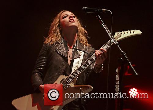 Lzzy Hale and Halestorm 8