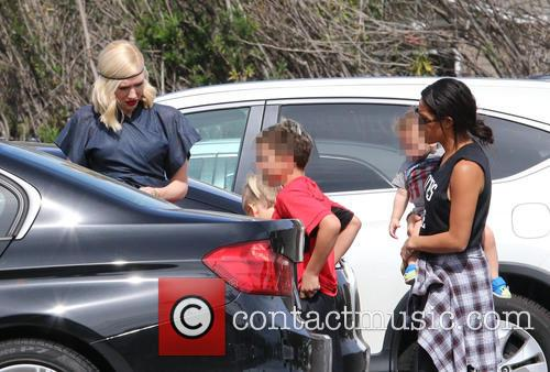 Gwen Stefani, Kingston Rossdale and Apollo Rossdale 2