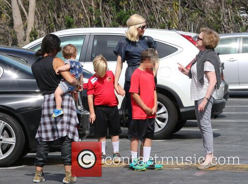 Gwen Stefani, Zuma Rossdale, Kingston Rossdale and Apollo Rossdale 6