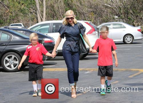 Gwen Stefani, Zuma Rossdale and Kingston Rossdale 8