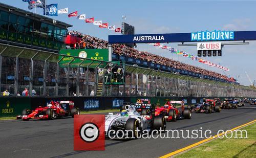 Start, Felipe Massa and Sebastian Vettel 2