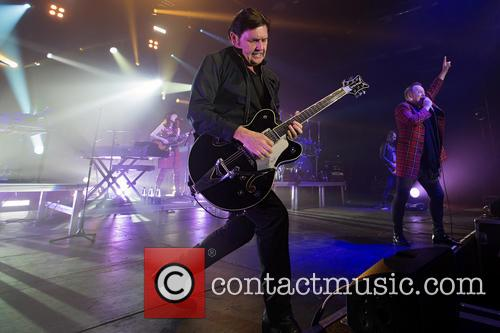 Charlie Burchill and Jim Kerr 4