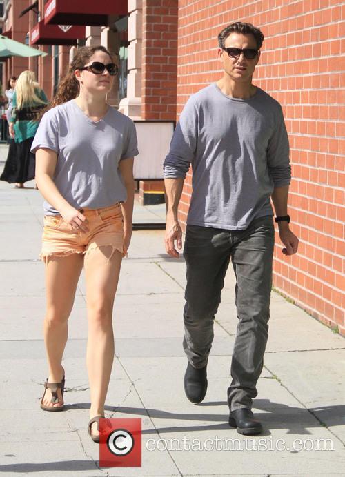 Tony Goldwyn and Tess Goldwyn 9