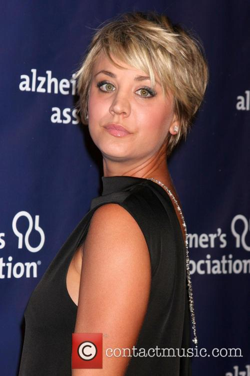 Kaley Cuoco-sweeting 1