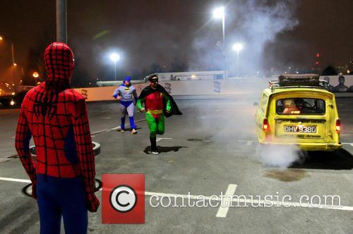 Spiderman, Batman, Robin, Foxy, Giuliano and Spider-man 8