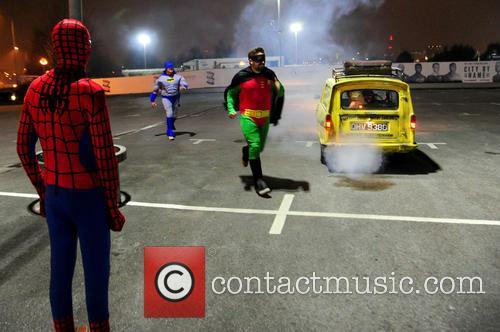 Spiderman, Batman, Robin, Foxy, Giuliano and Spider-man 9