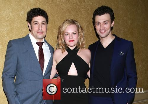 Jason Biggs, Elisabeth Moss and Bryce Pinkham 7