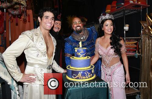 Adam Jacobs, Jonathan Freeman, James Monroe Iglehart, Courtney Reed and Cake By Beth Bennett Of Bebe Bakes 5