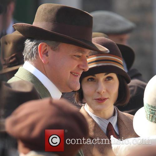 Hugh Bonneville and Michelle Dockery 5