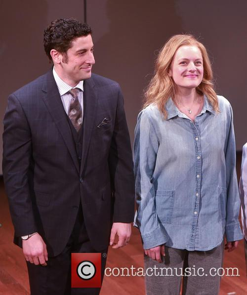 Jason Biggs and Elisabeth Moss 7