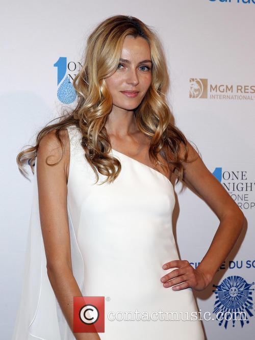 Valentina Zelyaeva 8