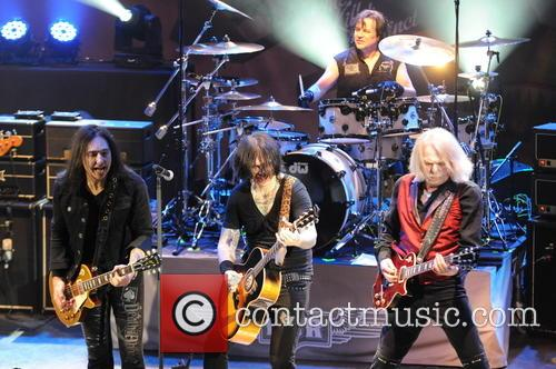 Damon Johnson, Ricky Warwick, Scott Gorham and Jimmy Degrasso 3
