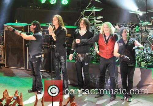 Robbie Crane, Damon Johnson, Ricky Warwick, Scott Gorham and Jimmy Degrasso 5