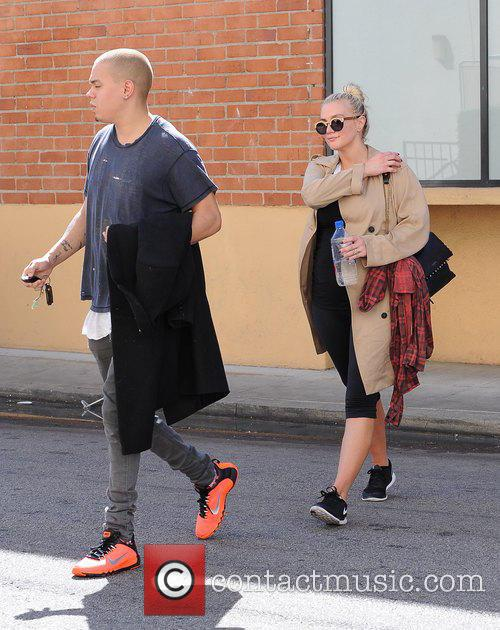 Ashlee Simpson and Evan Ross 10