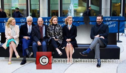 John Hamm, Elisabeth Moss, John Slattery, Christina Hendricks, January Jones and Matthew Weiner 1