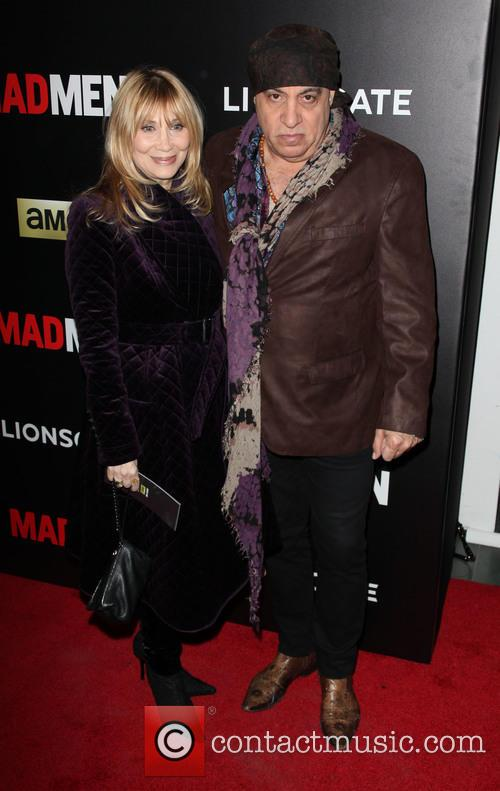 Maureen Van Zandt and Steven Van Zandt 9