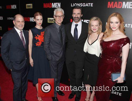 The Cast Of Madmen L To R, Matthew Weiner, January Jones, John Slattery, Jon Hamm, Elisabeth Moss and Christina Hendricks 2