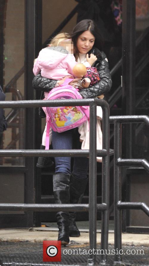 Bethenny Frankel picks up her daughter Bryn from...