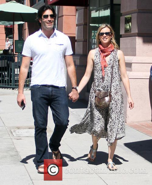 Amy Smart and Carter Oosterhouse 1
