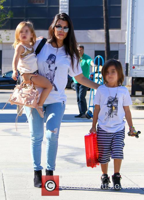 Kourtney Kardashian, Penelope Disick and Reign Disick 7