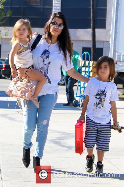 Kourtney Kardashian, Penelope Disick and Reign Disick 9