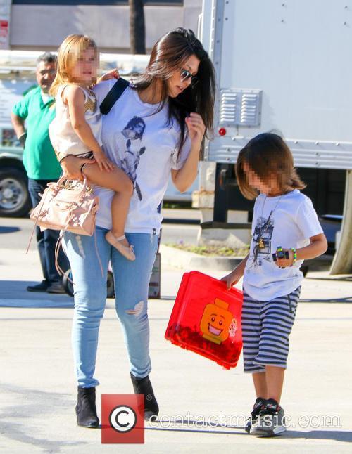 Kourtney Kardashian, Penelope Disick and Reign Disick 1