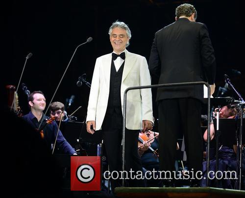 Andrea Bocelli and Conductor Eugene Kohn 7