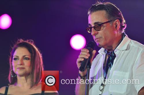 Gloria Estefan and Andy Garcia 8