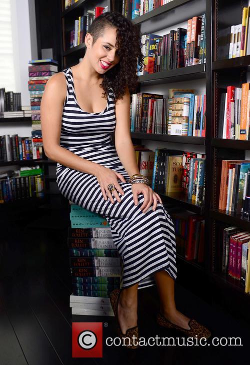 Raquel Sofia 8