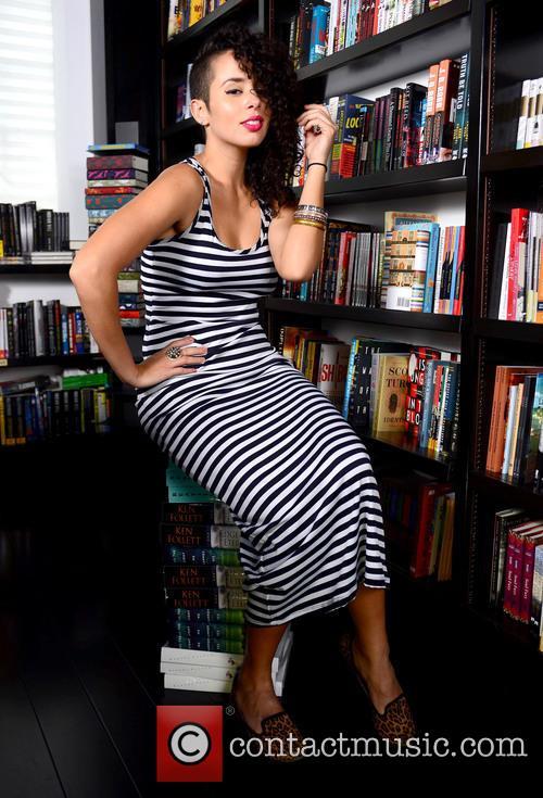 Raquel Sofia 9