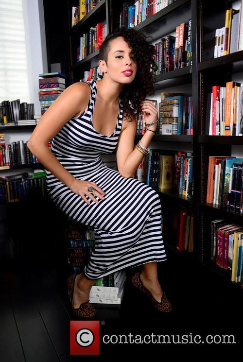 Raquel Sofia 11