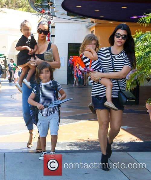 Kim Kardashian, Kourtney Kardashian, North West, Mason Disick and Penelope Disick 3