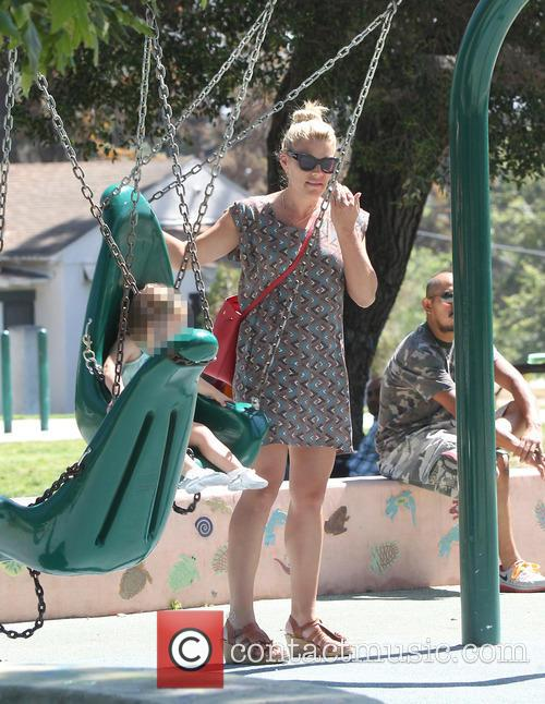 Busy Philipps, Birdie Leigh Silverstein and Cricket Pearl Silverstein 9