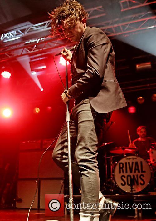 Jay Buchanan and Rival Sons 9