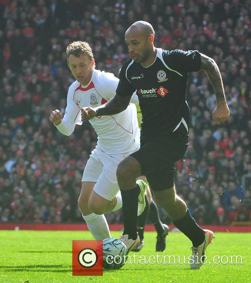 Thierry Henry and Lucas Leiva 3