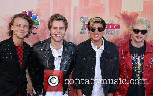 5 Seconds Of Summer 4
