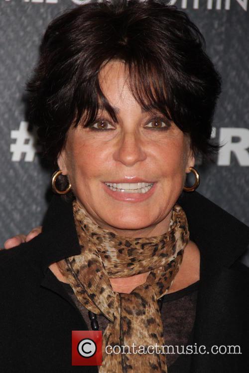 Tina Sinatra 7