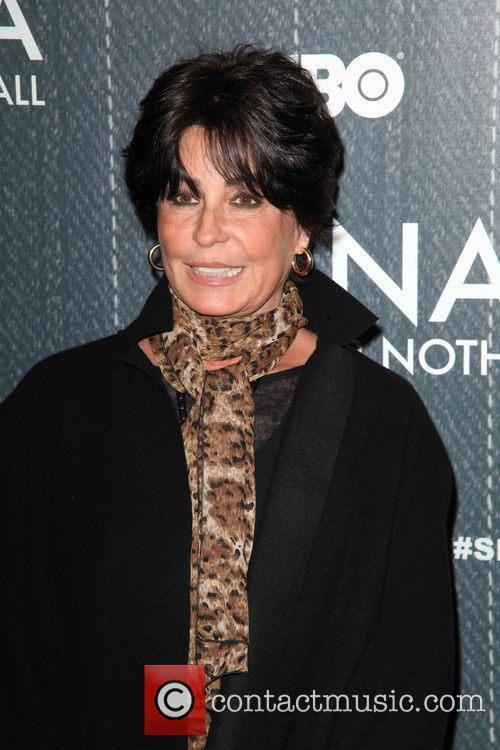 Tina Sinatra 1