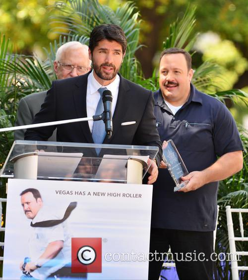 Eduardo Verastegui and Kevin James 4