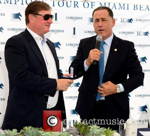 Jan Tops and Miami Beach Mayor Philip Levine 3