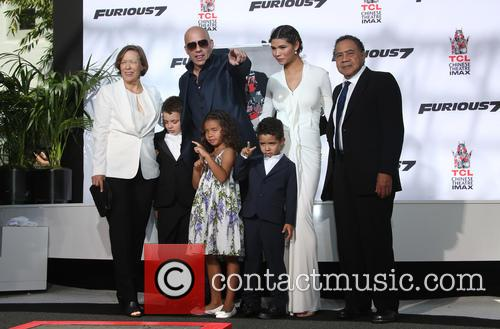 Delora Vincent, Vin Diesel, Vincent Sinclair, Hania Riley Sinclair, Pauline Sinclair and Irving Vincent 5
