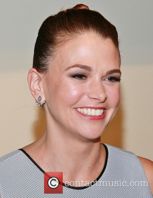Sutton Foster 10