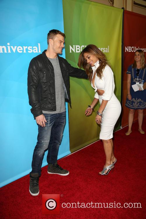 Alan Ritchson and Nicole Scherzinger 10