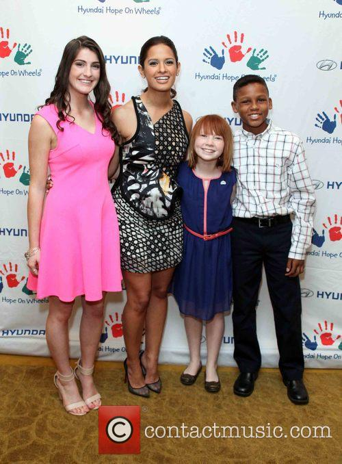 Brianna Commerford, Rocsi Diaz, Ashley Burnette and Kenny Thomas 1