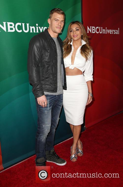Alan Ritchson and Nicole Scherzinger 4